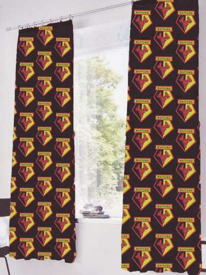 CREST CURTAIN SET